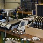 Druckprüfstände - Druckmessgerät Kalibrierung mit Druckwaage
